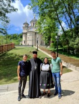 1 iulie 2021 - Tanti Lenuţa de la Chinteni, la Mănăstirea Izbuc