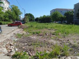 În locul caselor demolate din cartierul Nufărul - Se amenajează 80 de locuri de parcare