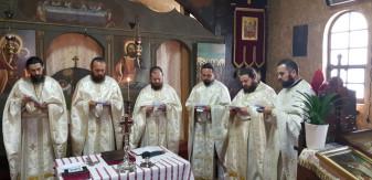 Rugăciuni pentru bolnavi - Maslu la Mănăstirea Izbuc