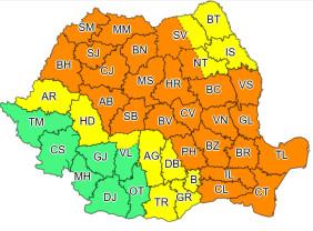 Avertizări de furtuni severe și grindină, în peste jumătate de țară