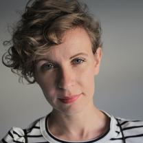 Jurnalista Monica Ulmanu, absolventă a Universității București - A câştigat premiul Pulitzer