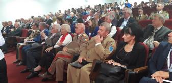 La Centrul NATO din Oradea - Simpozion dedicat zilei Armatei Române