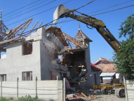 Construcție ridicată fără autorizație pe Calea Clujului, demolată de Primăria Oradea