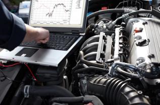 Piața serviciilor auto, schimbată de ascensiunea internetului