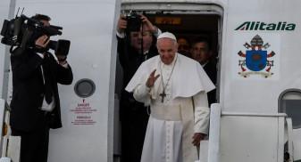 """Papa Francisc în România - """"Cine sunt eu să judec persoanele gay?"""