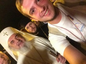 Patriarhul Daniel, îndemn pentru pentru credincioşii on line - Utilizaţi cu discernământ rețelele sociale