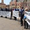 Nemulţumirile angajaţilor OTL au răbufnit ieri în stradă - Protest împotriva conducerii şi a Primăriei
