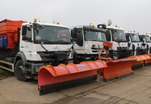 190 de tone de antiderapant împrăştiate pe arterele principale - Echipajele RER au intervenit în Oradea