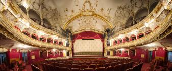 S-a semnat contractul de execuţie a scenei rotative - Modernizări la Teatru