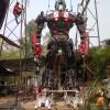 """Statui uriaşe lângă templele budiste din Thailanda - Transformers """"Buddha"""""""