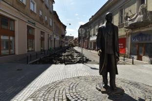 Strada Aurel Lazăr va deveni pietonală într-un an - Au început lucrările
