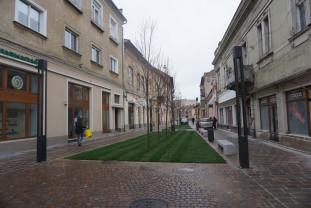 Lucrările de amenajare a străzii Aurel Lazăr - Pietonala, în fază finală