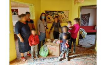 Asociația Pro Bambini din Oradea, în perioada Paştelui - Au ajutat familii nevoiaşe