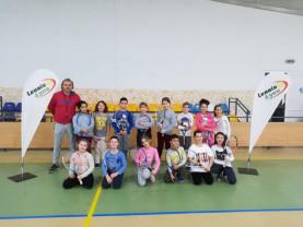 """Proiectul """"Tenisul în școala ta"""", la Sântandrei - 250 de copii învață tainele """"sportului alb"""""""