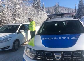 Circulaţie în siguranţă, în condiţii de iarnă - Sfaturi de la poliţişti