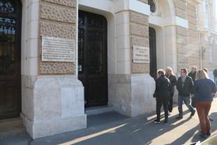 Judecătorii şi grefierii de la Tribunalul Bihor protestează - Activitate suspendată