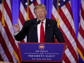 Atacat de democraţii Barack Obama şi Joe Biden - Trump continuă optimist campania