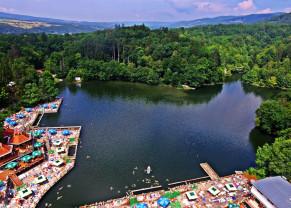 Cel mai mare lac sărat helioterm din Europa se redeschide - Lacul Ursu, pregătit pentru noul sezon