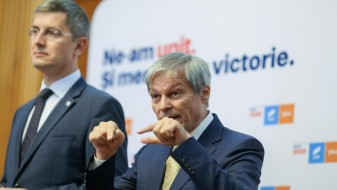 Miniștrii USR PLUS au demisionat în bloc din Guvern
