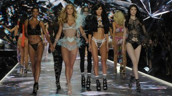"""""""Îngeraşii"""" Victoria's Secret nu mai defilează în acest an - Victima corectitudinii politice"""