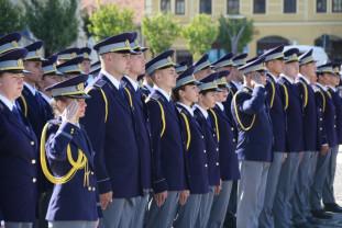 """Şcoala de Pregătire a Agenţilor de Frontieră """"Avram Iancu""""- O nouă promoţie de poliţişti de frontieră"""