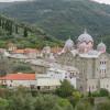 Un pelerinaj la Sfântul Munte Athos - Povestea unui schit: de la mărirea ţaristă la decăderea comunistă...