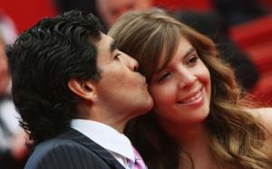 De la nunta spectaculoasă cu Claudia la disputa cu Cristina - Maradona și femeile din viața sa