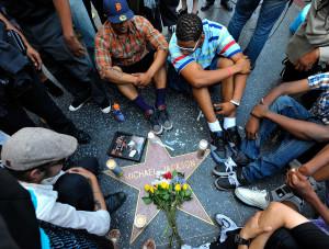 La zece ani de la deces, în ciuda scandalurilor sexuale - Michael Jackson, la fel de popular