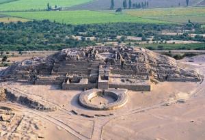 O aşezare arheologică peruană cu o vechime de 5.000 de ani - Ameninţată de construcţiile ilegale